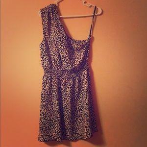NWOT✨Leopard One Shoulder Dress